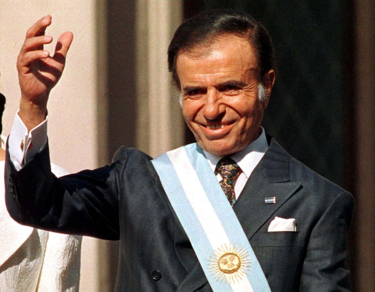 Carlos Menem, el presidente argentino de los 90